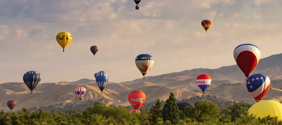 Featured image The Best Hot Air Balloon Festivals in Canada International Balloon Festival of Saint Jean sur Richelieu Quebec - The Best Hot Air Balloon Festivals in Canada